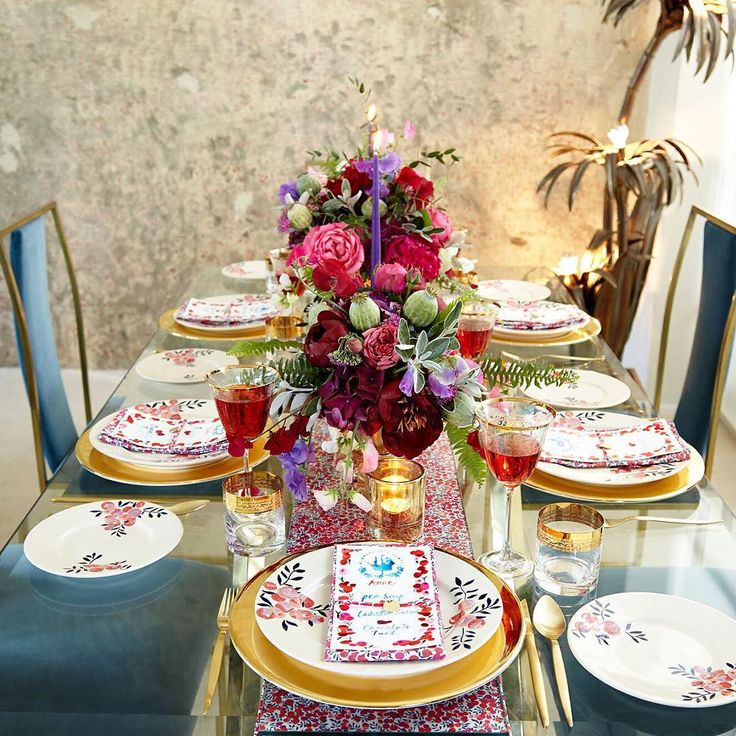 """""""Feast with #FlowersOfLiberty!"""""""
