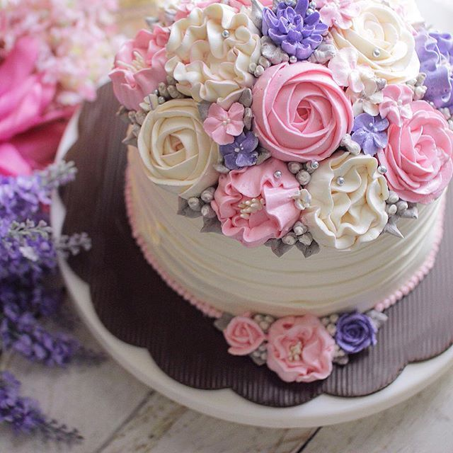 1200 Best Cakes Buttercream Floral Images on Pinterest Cake