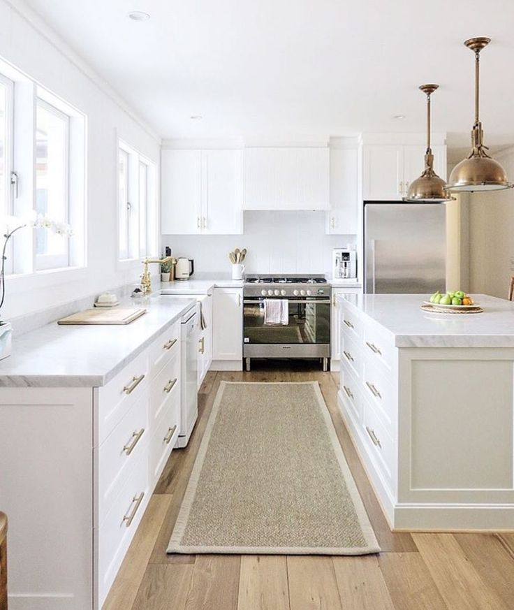 Range hood design, cabinet style
