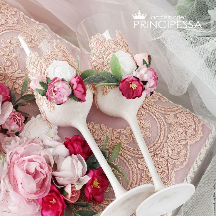 """Купить """"Ягодный"""" бокалы свадебные - бледно-розовый, аксессуары для фотосессий, аксессуары для свадьбы"""