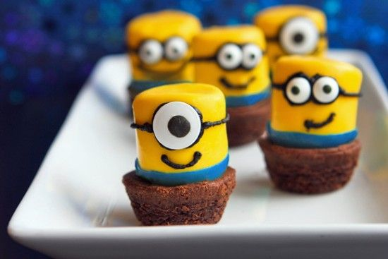 Minion-Marshmallow-Brownie-Bites