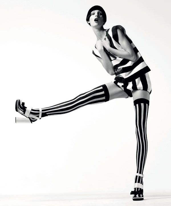Black and White Fashion Shoot - Spring 2013 Black and White Fashion Editorial - Harper's BAZAAR