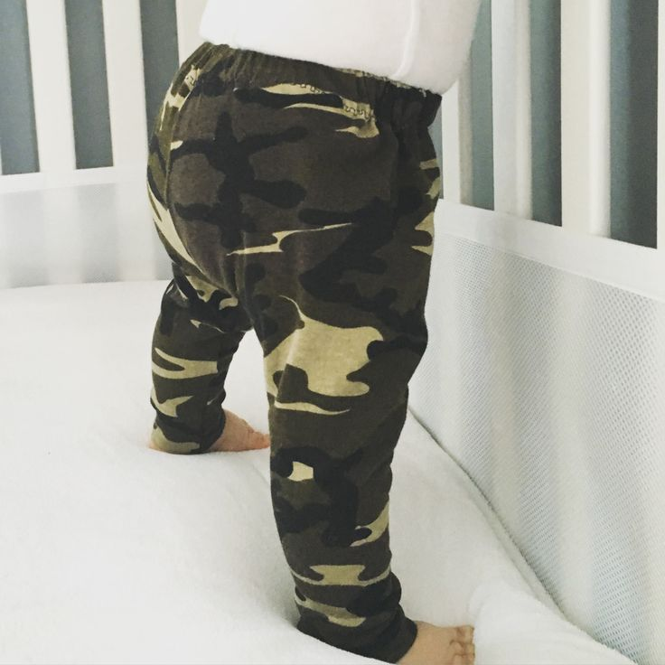 These adorable Camo Print Army green leggings are super cute and fun for a baby…