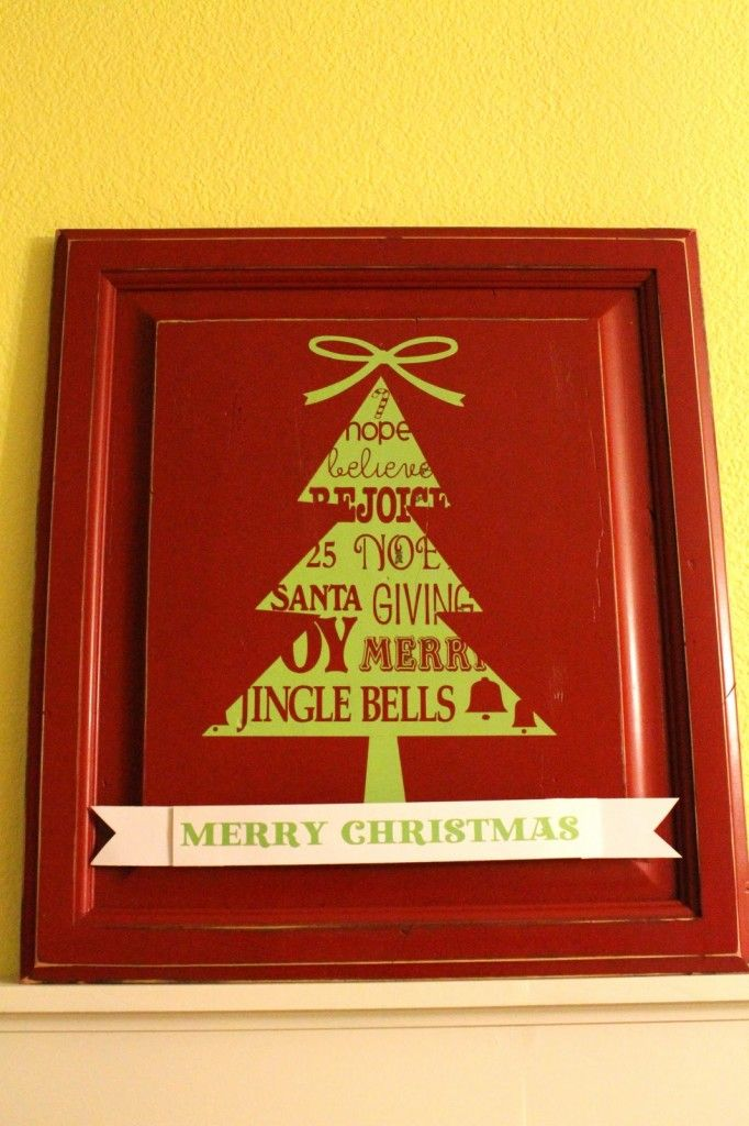 DIY Cabinet Door Christmas Tree Sign from { lilluna.com } Easy to make and super cute! This is a great gift idea!