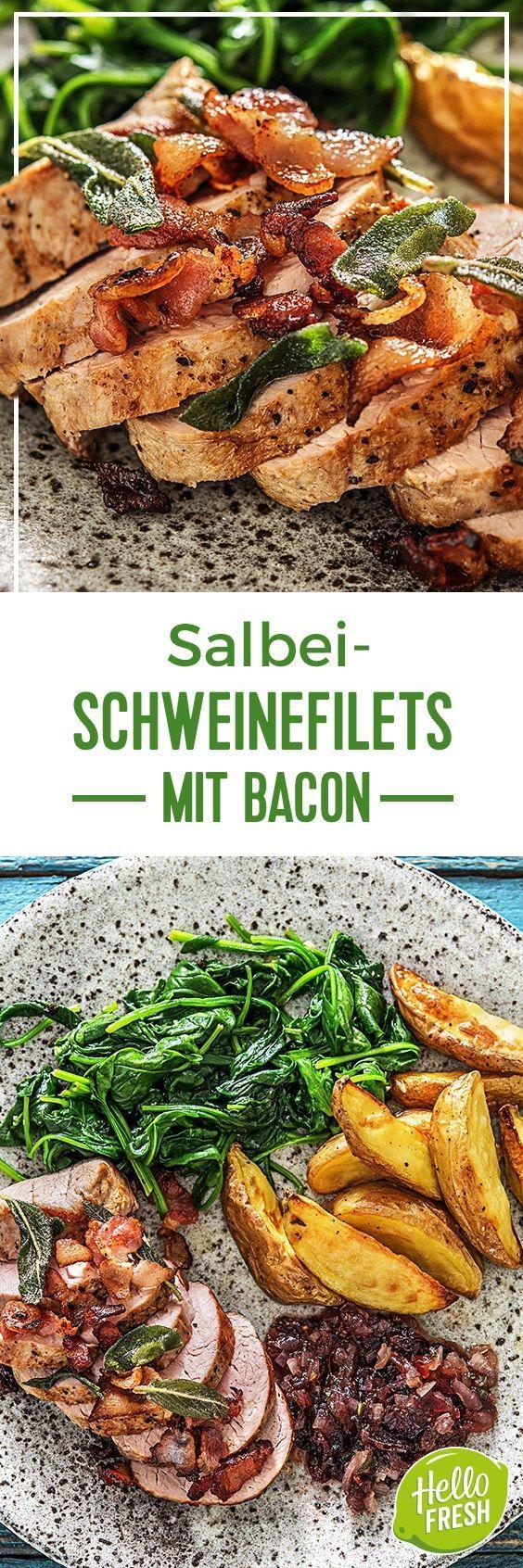 Step by Step Rezept: Bacon-Salbei-Schweinefilets dazu Kartoffelwedges und Cranberrysoße  Rezept / Kochen / Essen / Ernährung / Lecker / Kochbox / Zutaten / Gesund / Schnell / Frühling / Einfach / DIY / Küche / Gericht / Blog / Leicht  / 45 Minuten / Kartoffel / Schwein / Deutsch / Traditionell / 45 Minuten   #hellofreshde #kochen #essen #zubereiten #zutaten #diy #rezept #kochbox #ernährung #lecker #gesund #leicht #schnell #frühling #einfach #küche #gericht #trend #blog #schweinefilet #bacon