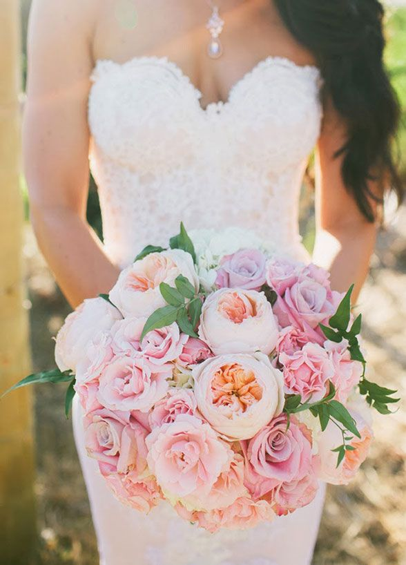 A sweet palette of pastels makes for a beautiful bouquet that's perfect for a garden wedding.