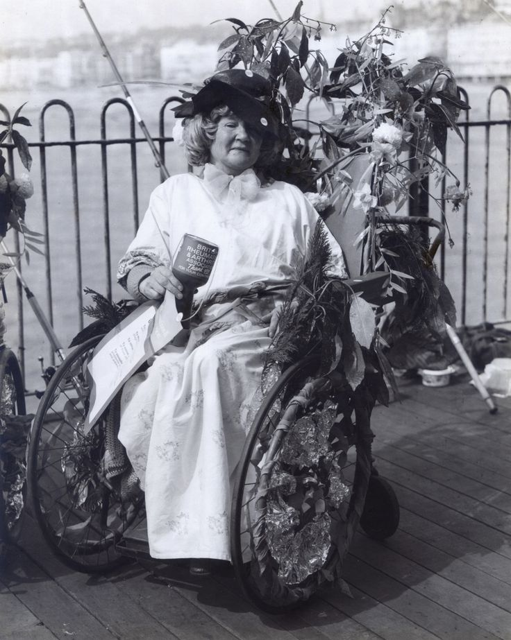 Decorated Wheelchair Competition, Hastings Pier UK (1976)