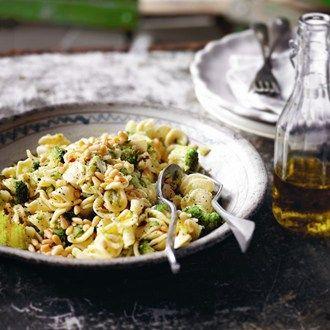 Pasta with Broccoli, Chilli & Garlic - Healthy & Easy Recipes