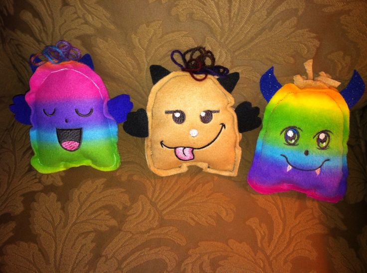 My little monsters are made from fleese and are just the right size for little hands to hold. Each one has its own personality! They need names. Any ideas?