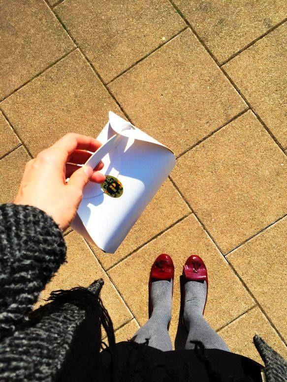 Macaronokat rejtő szép doboz More: www.facebook.com/drkuktart