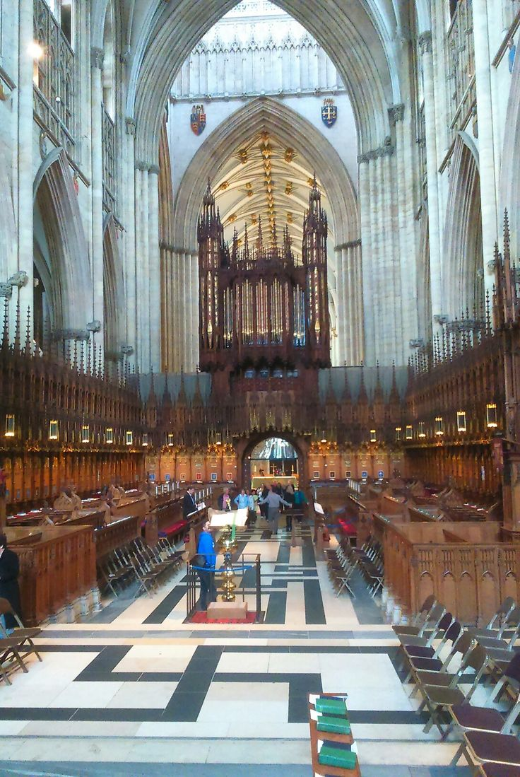 The choir, looking west, York Minster