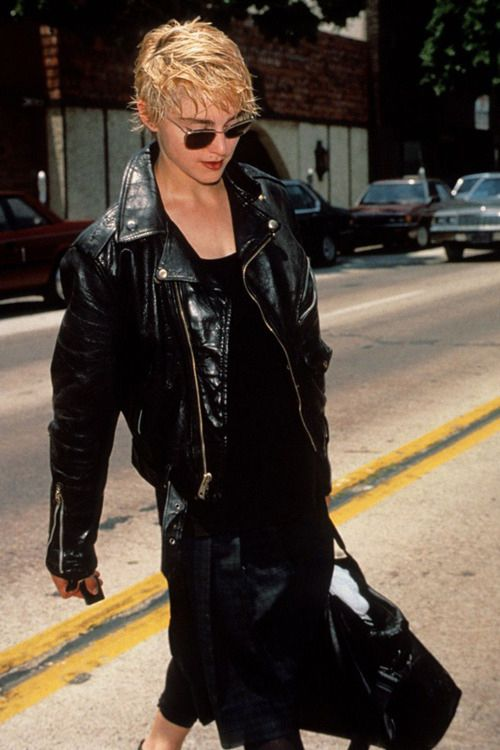 Madonna / Sean Penn / Papa Don't Preach look.