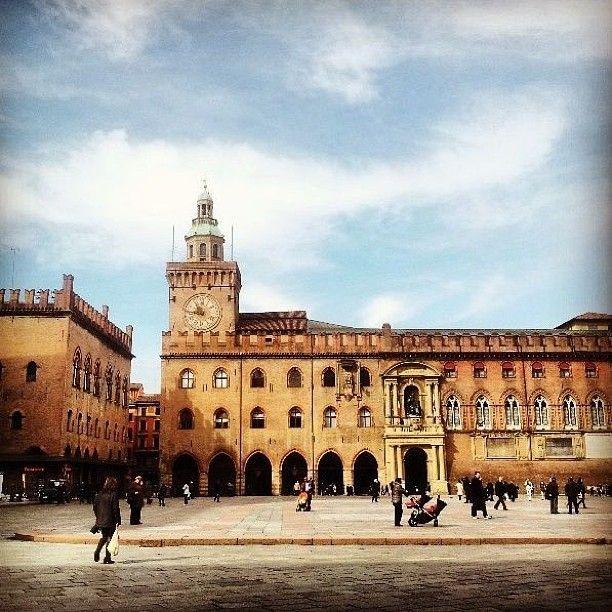 Piazza Maggiore in Bologna, Emilia-Romagna