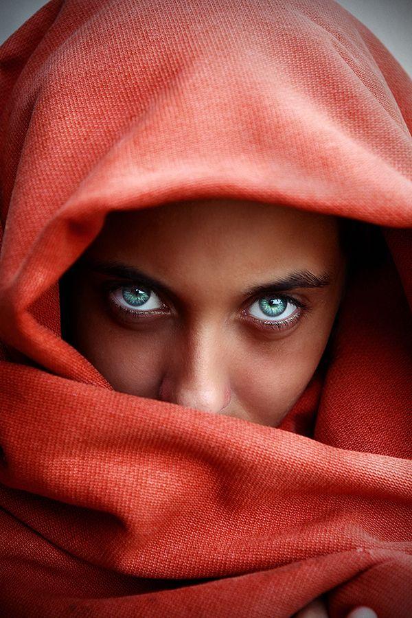 Afghan Girl (Steve McCurry) by Andre Jabali, via 500px