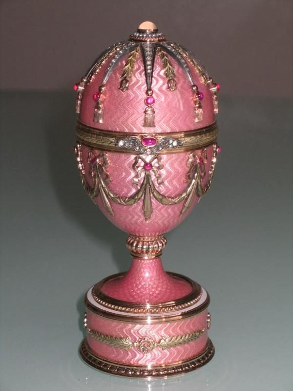 Tzars of Russia Faberge Eggs   authentic romanov era faberge egg started hangs many other eggs