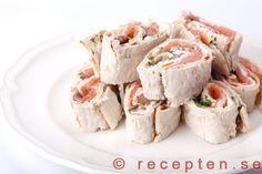 Laxrullar med pepparrot - Laxrullar med pepparrot. Recept på goda och enkla snittar. Bilder steg för steg.