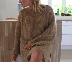 свитер-платье спицами