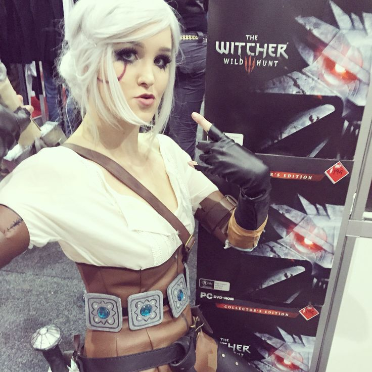 Lady of time and space and taking photos with anything Witcher related✌️