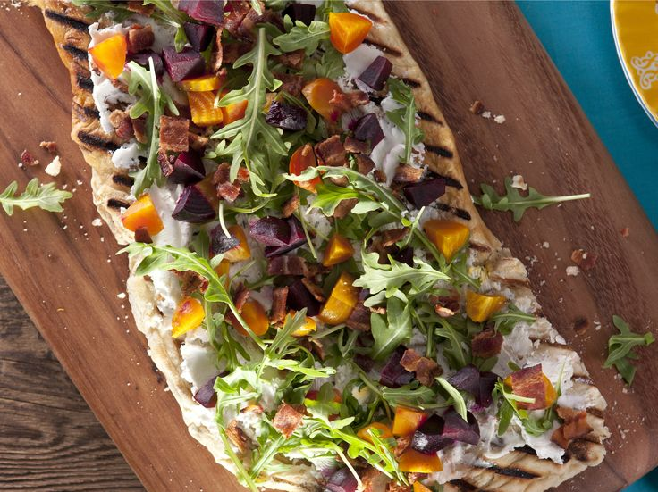 106 best crispy flatbread images on pinterest flatbread pizza beet bacon and herbed goat cheese flatbread forumfinder Images