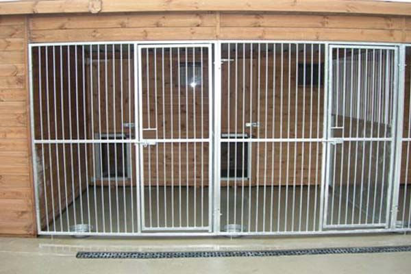 Building Dog Kennels and Runs | 20 Photos of the How to Build a Dog Kennel