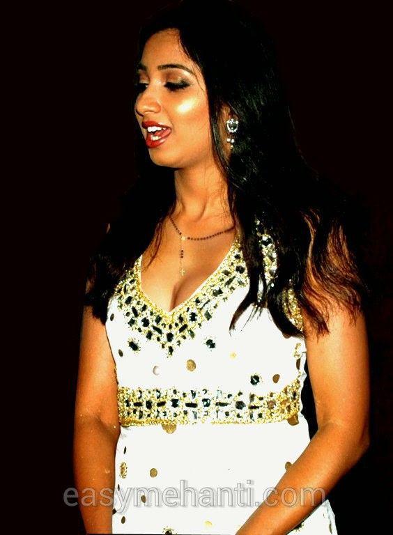 shreya ghosal beautiful look - photo #38
