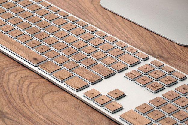 Enfeite seu teclado com esses adesivos para os botões. | 54 maneiras de deixar seu cantinho do escritório mais agradável