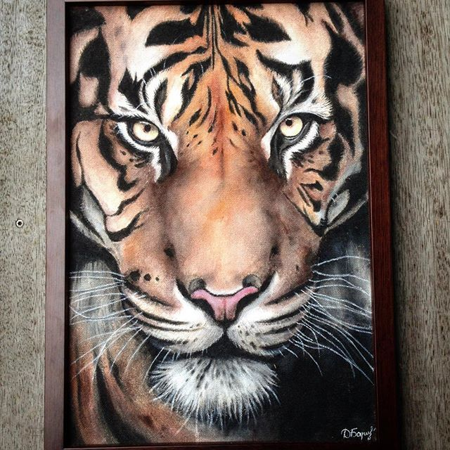 Tiger painting, acrylics  Instagram dayna.bar