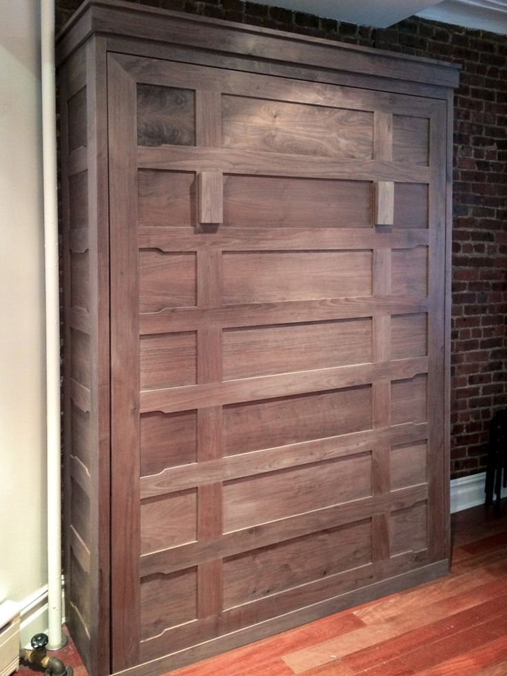 Beautiful custom Murphy bed inspiration for your next guest bedroom project!