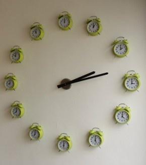 Leuke klok, is een keer wat anders. Makkelijk zelf te maken.