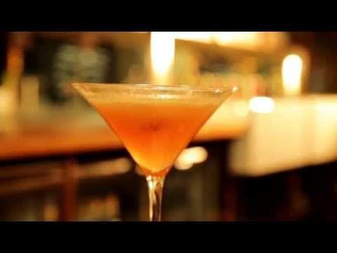Porn star martini passion fruit vanilla vodka passoa for Vodka prosecco