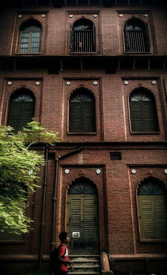 Curzon Hall, Dhaka University, Dhaka, Bangladesh  #onlyinBANGLADESH