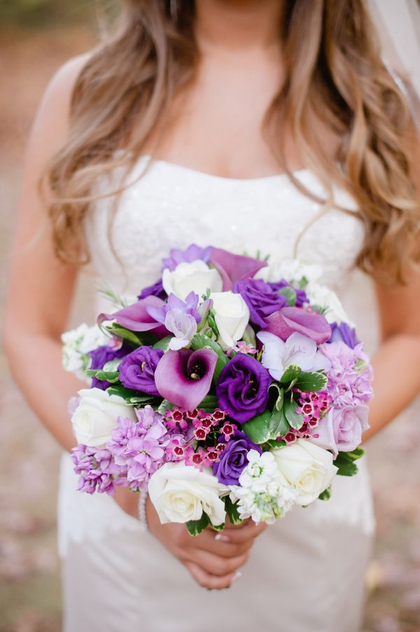 Gorgeous Bouquet in Shades of Purple|{Purple & Silver} Autumn Wedding|Photographer: Off BEET Productions