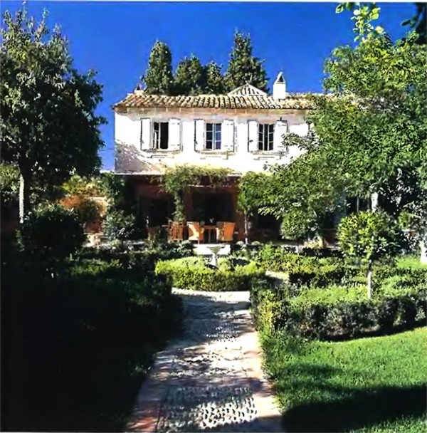 French country house with large garden via: The Architecture Design of France Style Country House