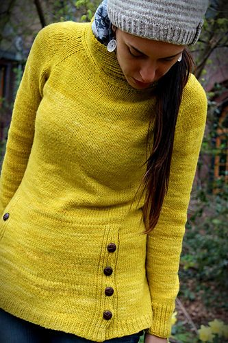 This tunic is the perfect go to pullover when you need something simple yet stylish. It's a simple and quite quick knit, with a few twists that will keep the process of knitting it interesting, starting with knitting the collar in one direction, and the rest of the body in another. Since Tourist sweater is designed to be the perfect traveling sweater, it has a kangaroo pouch where you can put what you need to keep most at hand at all times. Finding the perfect buttons for the pouch adds the…