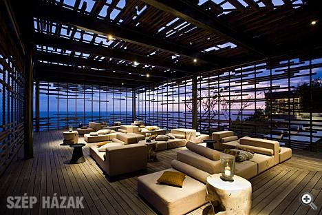 http://szephazak.hu/hotel-design/hotel-uluwatu-luxus-villa-balin/116/