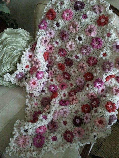 Ravelry: Afghaniac's Pinks and Ruffles afghan
