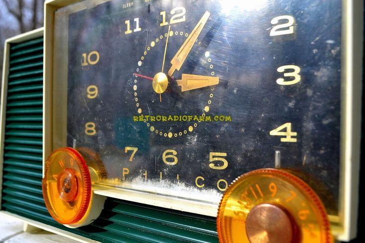 TURQUOISE Mid-Century Retro Vintage 1959 Philco Model G755-124 AM Tube Clock Radio Totally Restored!