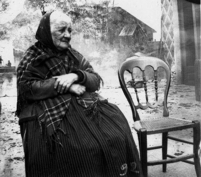Italian Vintage Photographs ~  Sicilian Nonna