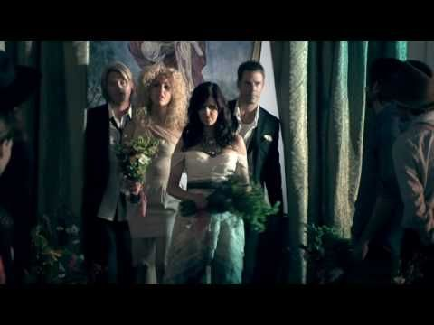 Little Big Town - Little White Church. Country wedding cake cutting song. Posted by southern California's http://www.CountryWeddingDJ.com