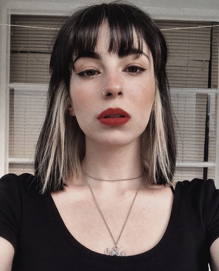 Pin on Hair Inspo ( Curly, brunette, grunge, bangs )