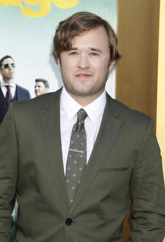 Haley Joel & Emily Osment Attend 'Entourage' Premiere Together In Los Angeles - http://oceanup.com/2015/06/02/haley-joel-emily-osment-attend-entourage-premiere-together-in-los-angeles/