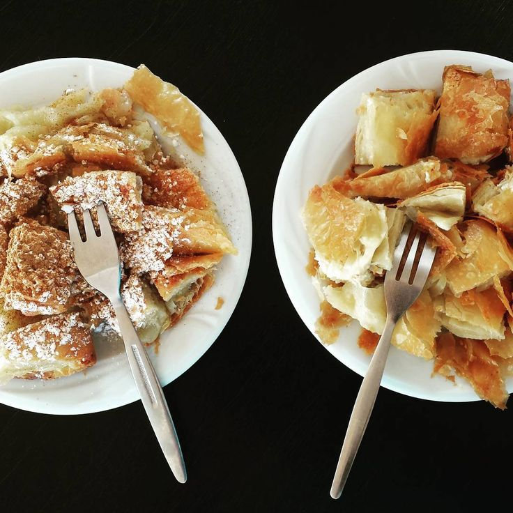 Left or right? Custard cream or cheese? 🍛🍛 #food #decisionsdecisions #decisions #mbougatsa #cream #cheese #pie #traditional #Greece #foodporn #hungry #breakfast #yummy #yum #nom #nomnom #nomnomnom #instafood #instalike