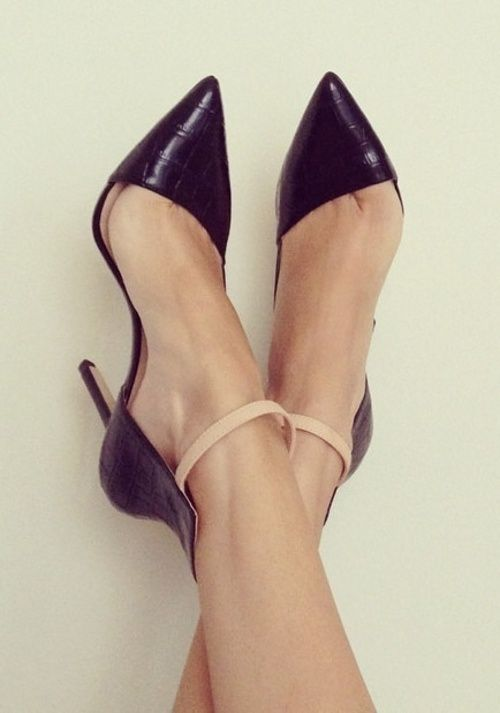 I love these shoes. Simply Fabulous.
