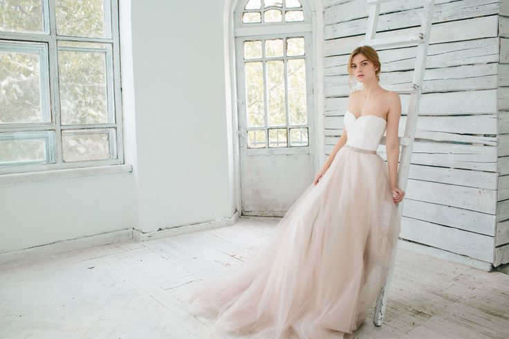 Blush Ball Gown Wedding Dress: 1000+ Ideas About Blush Wedding Gowns On Pinterest