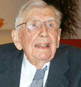 Aart Overtveld (105) 09-04-2016 Afgelopen zaterdag, de dag dat hij zijn 105e verjaardag vierde, is Aart Overtveld uit Steenbergen overleden. Hij was de oudste inwoner van Brabant en oudste man van Nederland.