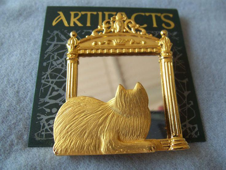 JONETTE Ювелирные изделия CAT глядя в зеркало Брошь Goldtone Finish Подпись JJ Новости из старых запасов Отлично Состояние # 1953 $ 12.99 USD