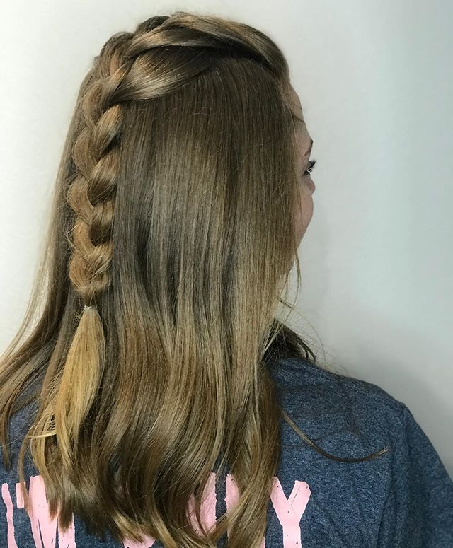 New The 10 Best Braid Ideas Today With Pictures Simple Braid For 4am Plane Ride I Had To Share Because I Love Easy Braids Long Hair Styles Hair Styles