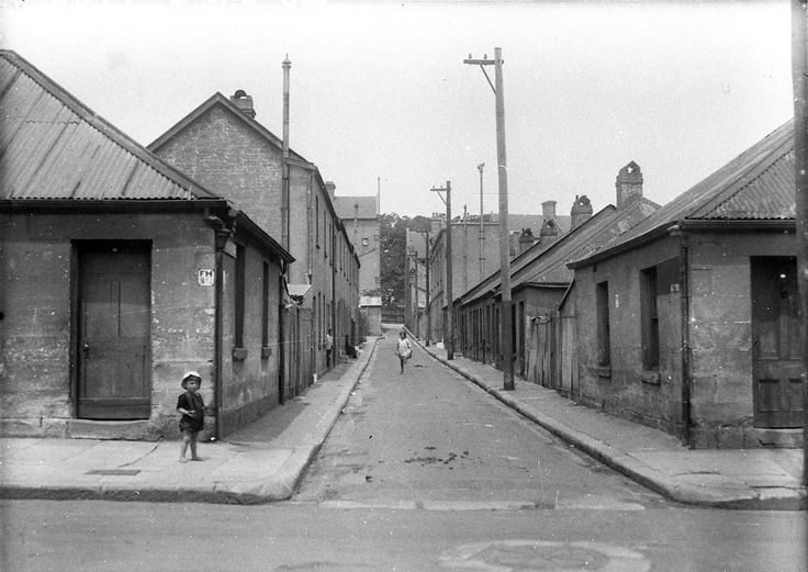 McElhone Place in Surry Hills, one of the slums of Sydney 1930s