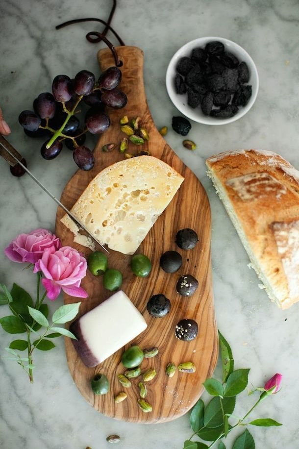 how to create a chocolate + cheese board