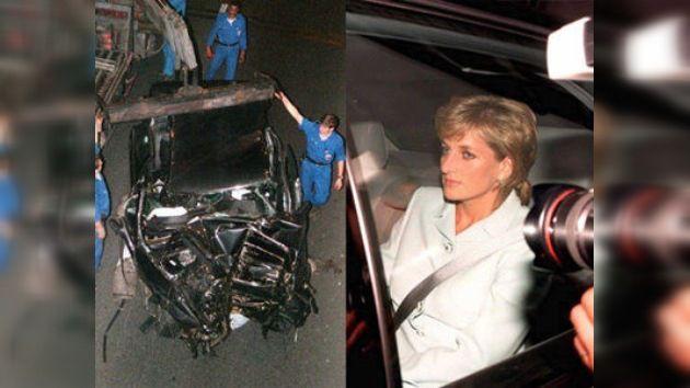El 31 de agosto de 1997, Diana, princesa de Gales, también conocida como Lady Di, falleció en un accidente automovilístico que tuvo lugar en el interior del Puente del Alma, un puente localizado en la ciudad de París, Francia. Junto a ella fallecieron también su compañero Dodi Al-Fayed y su chofer Henri Paul.
